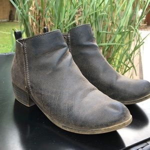 brown/gray/gold women's ankle boots
